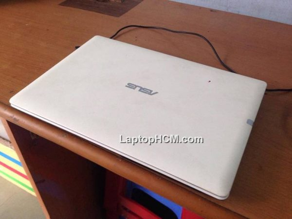 Laptop cu Asus X451ca
