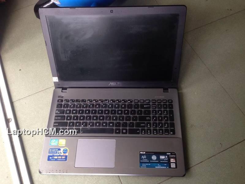 Laptop cu Asus X550c