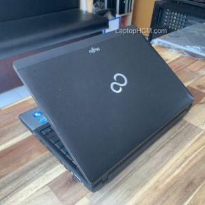 laptop fujitsu p702