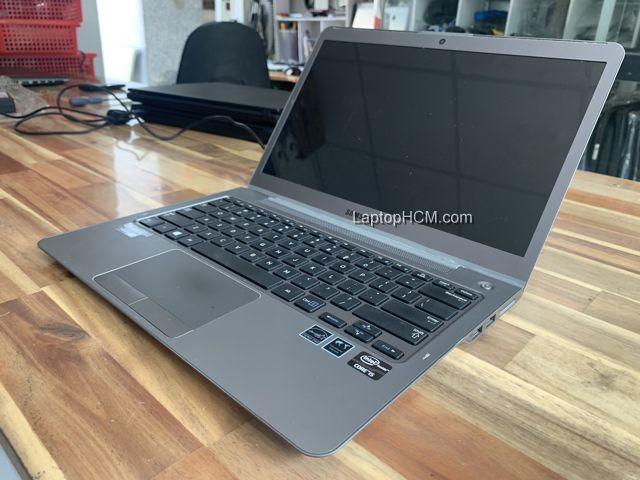 laptop samsung np530u 2